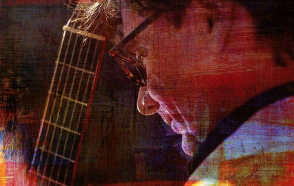 Werner Hucks – fasziniert mit seiner Gitarre